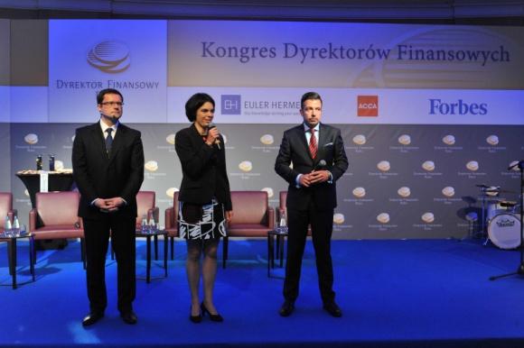 Dywersyfikacja eksportu i pośrednictwo z Azją szansą dla polskiej gospodarki BIZNES, Gospodarka - Obecna sytuacja na Ukrainie nie wpłynie znacząco na tempo wzrostu gospodarczego naszego kraju. Polska znajduje się obecnie w szczycie cyklu koniunkturalnego, który potrwa do końca przyszłego roku.
