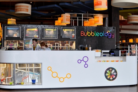 Bubble Tea w CH Manufaktura, czyli nowy tea lab Bubbleology BIZNES, Gospodarka -