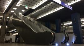 Nowe schody ruchome Schindler na Dworcu Centralnym już wożą pasażerów BIZNES, Infrastruktura -