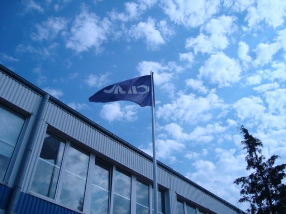 Jedna z największych grup przemysłowych na świecie inwestuje w Gdyni BIZNES, Gospodarka - China International Marine Containers (Group) Co., Ltd. (CIMC) to pochodząca z Chin globalna spółka zatrudniająca ponad 60 000 pracowników otwiera fabrykę naczep samochodowych w Gdyni. AXI IMMO pośredniczyło przy wyborze nowej siedziby firmy.