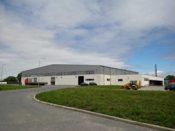 Promotech KM w nowej siedzibie Przemysł, BIZNES - Łapski Promotech zakończył budowę nowego zakładu i rozpoczął przeprowadzkę. Pełną zdolność produkcyjną firma osiągnie w połowie sierpnia.