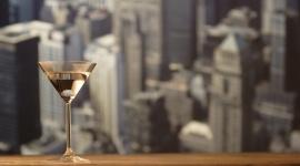 Co przyniosą najbliższe lata na rynku dóbr luksusowych? BIZNES, Gospodarka - Według najnowszych danych KPMG za 2016 rok, wartość rynku dóbr luksusowych w Polsce jest wyceniana na 16,4 mld zł. To o 15% więcej od wyników osiągniętych w 2015. Czego możemy spodziewać się w najbliższych latach na globalnym i rodzimym rynku premium? Odpowiedź w artykule.