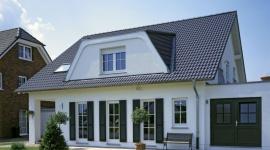 Najbliższe lata stabilne na rynku pokryć dachowych BIZNES, Gospodarka - Według danych raportu przygotowanego przez PMR wielkość rynku pokryć dachowych w najbliższej przyszłości ustabilizuje się na podobnym poziomie jak w latach ubiegłych i wyniesie ok. 65 mln m². Jakie pokrycie wybierają Polacy?