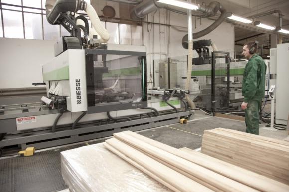 Strategia dywersyfikacji wymaga wszechstronnych maszyn Przemysł, BIZNES - Producentów - tak jak firmę ICF Wood - fascynuje i inspiruje do działania piękno i różnorodność drewna, zaskakujące możliwości obróbki mechanicznej i termicznej oraz to, że każde drewno można efektywnie wykorzystać niemal do ostatniego kawałka.