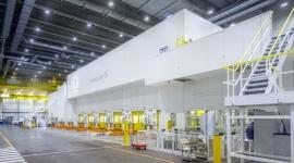 Modernizacja oświetlenia w przemyśle – kiedy warto? Przemysł, BIZNES - Według obliczeń ekspertów, oprawy w technologii LED pozwalają zakładom przemysłowym uzyskać oszczędności energii elektrycznej sięgające kilkudziesięciu procent. W jakich przypadkach skala potencjalnych korzyści może być aż tak duża?
