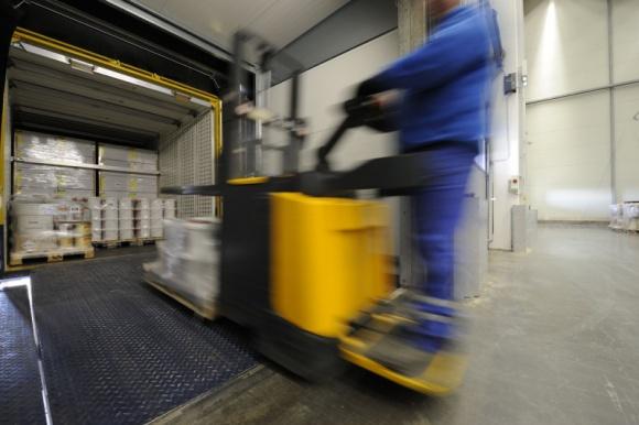 Dachser i Steinel: silny duet dla rynku DIY Transport, BIZNES - Steinel, firma technologiczna w zakresie rozwiązań oświetleniowych i narzędzi grzewczych sprzedawanych na całym świecie, działa zgodnie ze strategią, że inteligentna technologia i inteligentna logistyka muszą iść w parze.