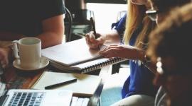 Protan Polska wspiera młodych na rynku pracy Przemysł, BIZNES - Firma oferuje program płatnych praktyk dla studentów ostatniego roku studiów. Poszukuje osób odpowiedzialnych i ambitnych, które chcą zdobyć pierwsze doświadczenie zawodowe w obszarze wsparcia zadań administracyjno – biurowych.