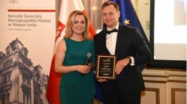 Fracht FWO uhonorowany za rozwój polsko-amerykańskiego partnerstwa gospodarczego BIZNES, Gospodarka - Fracht FWO Polska został uhonorowany Nagrodą Uznania przez Konsulat Generalny Rzeczypospolitej Polskiej w Nowym Jorku za zaangażowanie i znaczący wkład w polsko - amerykańskie partnerstwo gospodarcze.