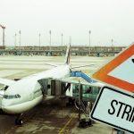 Kolejne problemy pasażerów Ryanair – walka o odszkodowania za odwołane loty