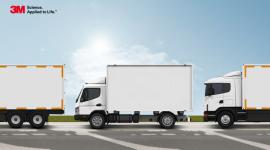 Raport: Trzy na cztery pojazdy ciężarowe w Polsce nie spełniają norm oznakowania Transport, BIZNES - Większość pojazdów ciężarowych poruszających się po polskich drogach jest pozbawiona właściwego oznakowania odblaskowego, zapewniającego dobrą widoczność po zmroku.