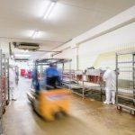 Specyfika oświetlenia hal przemysłu mięsnego