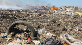 Nowym prawem w płonące odpady Przemysł, BIZNES - Nowym prawem w płonące odpady