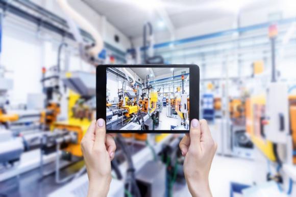 """Europa w drodze do Przemysłu 4.0 Przemysł, BIZNES - Jak pokazują wyniki badania """"Odkrywanie Przemysłu 4.0"""" krajem, w którym aż 96% producentów wykorzystuje co najmniej jedną technologię zgodną z koncepcją Przemysłu 4.0 jest Turcja. Na drugim miejscu znajdują się ex aequo Polska, Wielka Brytania i Włochy (94%)."""