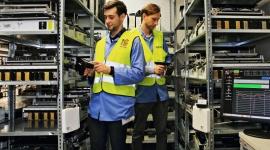 Biznes coraz chętniej sięga po RFID BIZNES, Infrastruktura - Technologia RFID znajduje coraz szersze zastosowanie w handlu detalicznym, logistyce i transporcie. Wdrożone systemy RFID przekładają się na konkretne usprawnienia i wymierne oszczędności w firmach.