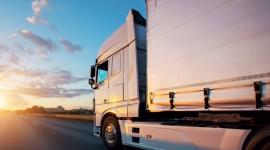 Branża transportowa w dobie rynkowych wyzwań Transport, BIZNES - Zdaniem ekspertów Shell Lubricants, przełomowe technologie i środki smarne klasy premium mogą wpłynąć na zwiększenie efektywności flot transportowych, a także przygotować je do pracy w nowej rzeczywistości.