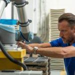 AQUAEL rozpoczął proces automatyzacji z robotami współpracującymi