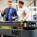 Rozwój MiR: MiR1000; AI w nawigacji; wdrożenia na świecie; program leasingowy