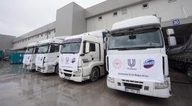 Unilever pomaga w czasie pandemii Covid-19 BIZNES, Gospodarka - Unilever przeznacza ponad 100 milionów euro na pomoc ludziom dotkniętym skutkami pandemii na całym świecie. W Polsce firma wspiera już ponad 20 szpitali przekazując m.in. produkty spożywcze, żele pod prysznic, kremy do rąk, czy płyny do czyszczenia.