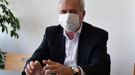 Zawirusowane targi BIZNES, Gospodarka - Jak pandemia COVID-19 wpłynęła na przemysł targowy na świecie? Czy targi przetrwają koronawirusowy kryzys? Czy ludzie w końcu przyzwyczają się do komunikacji online? Swoimi spostrzeżeniami dzieli się szef jednej z większych europejskich spółek targowych.