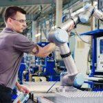 """Firmy planują inwestować w robotyzację – badanie """"Barometr robotyzacji MŚP"""""""
