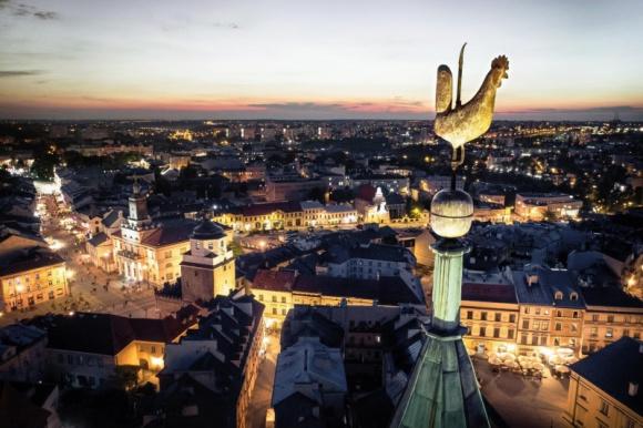 Citython Lublin – nowe podejście do zrównoważonej mobilności BIZNES, Infrastruktura - Już 21 września br. rozpocznie się Citython Lublin, którego inicjatorem jest EIT Urban Mobility, a organizatorem barceloński ośrodek nauki i techniki motoryzacyjnej CARNET oraz Miasto Lublin.