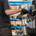 Coboty UR10e zapewniają maksymalne wykorzystanie parku maszynowego w Bernacki